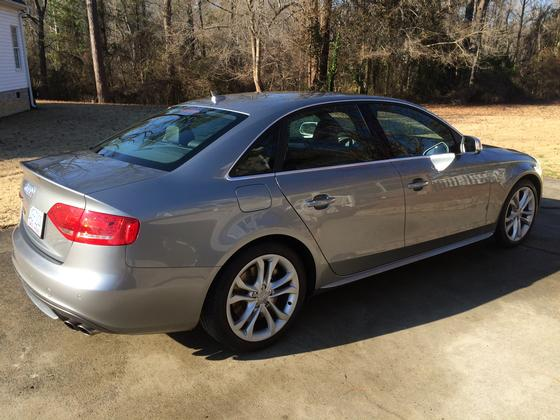 2011 Audi S4 Premium Plus:11 car images available