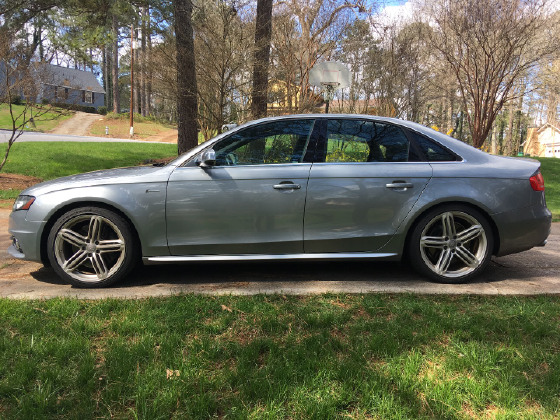 2011 Audi S4 Premium Plus:12 car images available