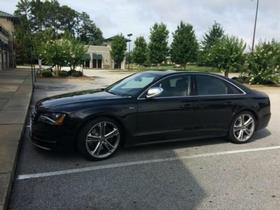 2013 Audi S8 :2 car images available