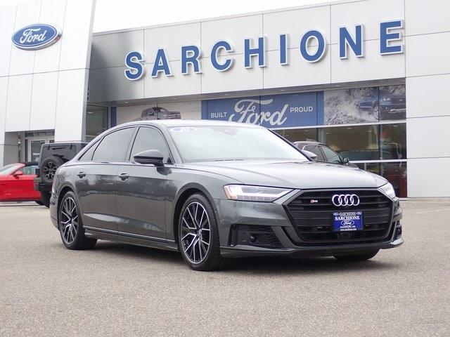 2020 Audi S8 4.0T:24 car images available