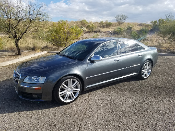 2007 Audi S8 Quattro:6 car images available