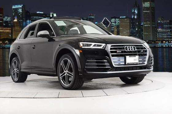2020 Audi SQ5 :24 car images available