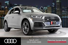 2019 Audi SQ5 Premium Plus : Car has generic photo