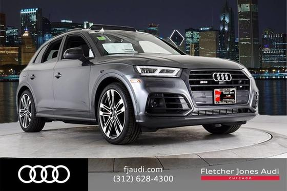2019 Audi SQ5 Prestige:24 car images available