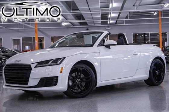 2016 Audi TT 2.0T:24 car images available