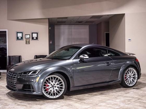 2017 Audi TTS :24 car images available