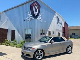 2010 BMW 135 i:24 car images available