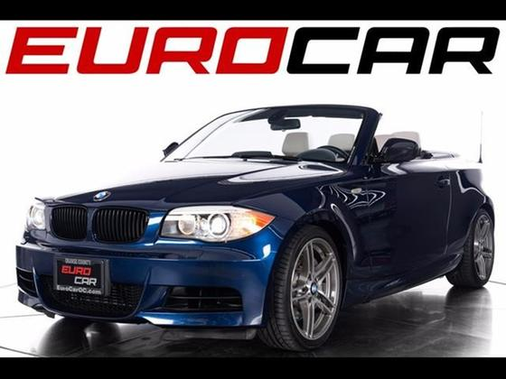 2013 BMW 135 is Convertible:24 car images available