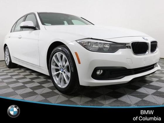 2016 BMW 320 i xDrive:24 car images available