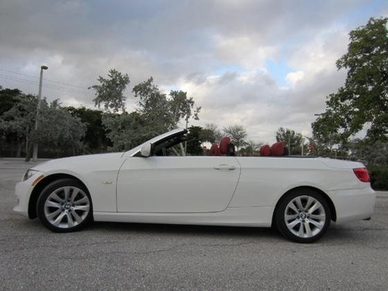 2011 BMW 328 i:22 car images available