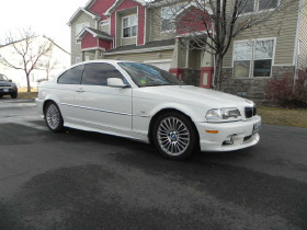 2001 BMW 330 ci:6 car images available