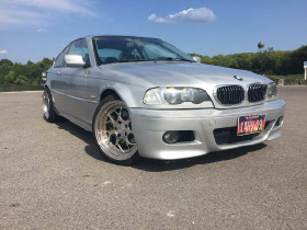 2002 BMW 330 ci:6 car images available