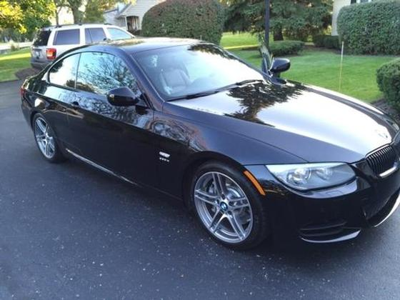 2011 BMW 335 is:5 car images available