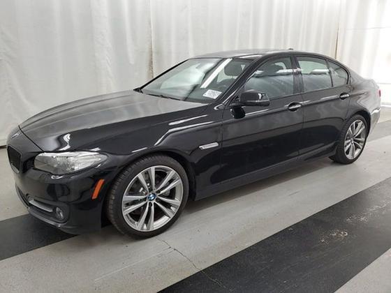 2016 BMW 528 i xDrive : Car has generic photo