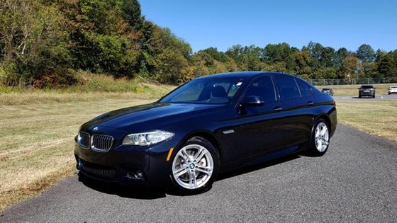 2016 BMW 528 i:24 car images available