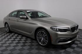 2018 BMW 530 i xDrive:16 car images available