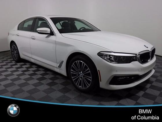 2018 BMW 530 i xDrive:14 car images available