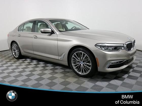 2018 BMW 530 i xDrive:20 car images available