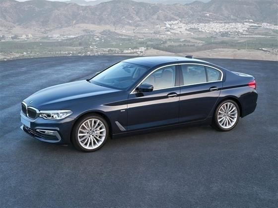 2019 BMW 530 i xDrive : Car has generic photo