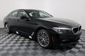 2018 BMW 530 i:15 car images available