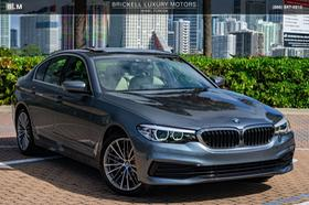 2019 BMW 530 i:24 car images available