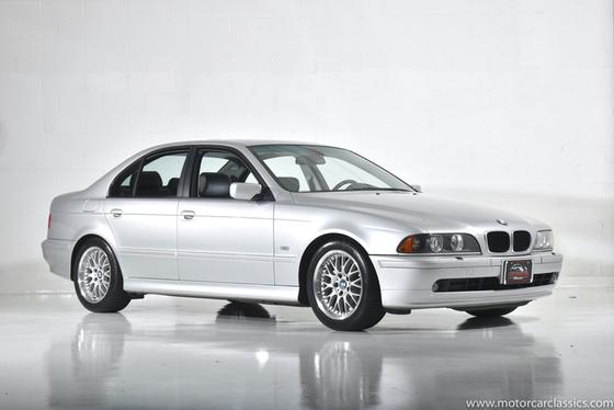 2001 BMW 530 i:24 car images available