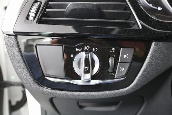 2019 BMW 540 i xDrive