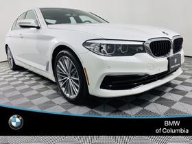 2020 BMW 540 i xDrive:24 car images available