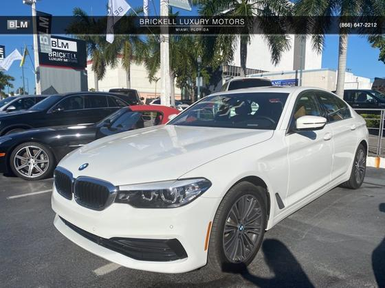 2019 BMW 540 i:7 car images available