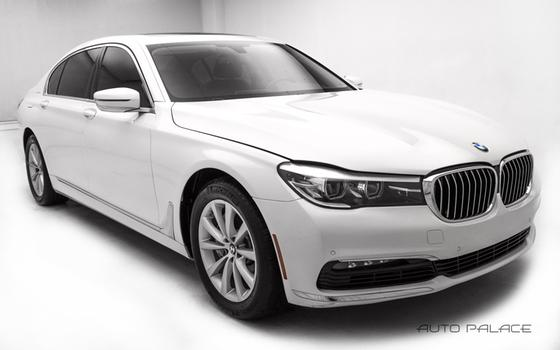 2017 BMW 740 i xDrive:24 car images available