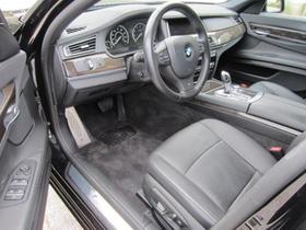 2013 BMW 740 i