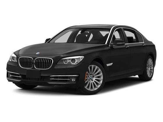 2013 BMW 740 i : Car has generic photo