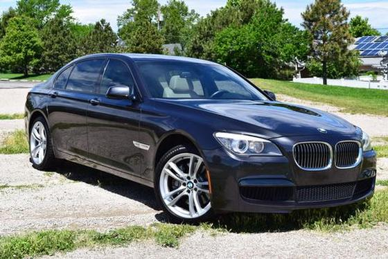 2011 BMW 750 Li xDrive:5 car images available