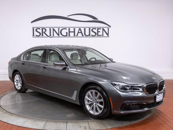2018 BMW 750 i xDrive:22 car images available