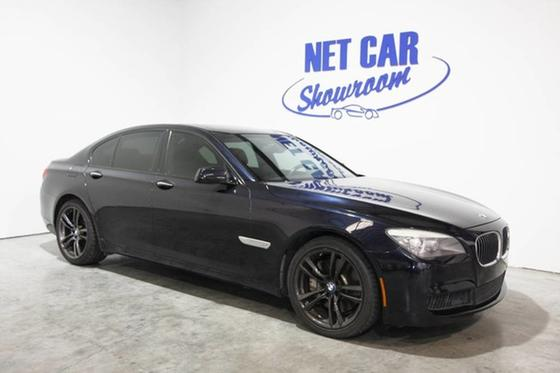2011 BMW 750 i:24 car images available