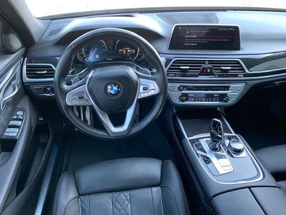 2018 BMW 750 i