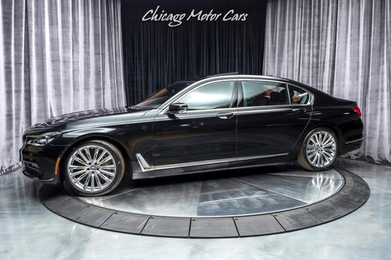 2017 BMW 750 i:24 car images available