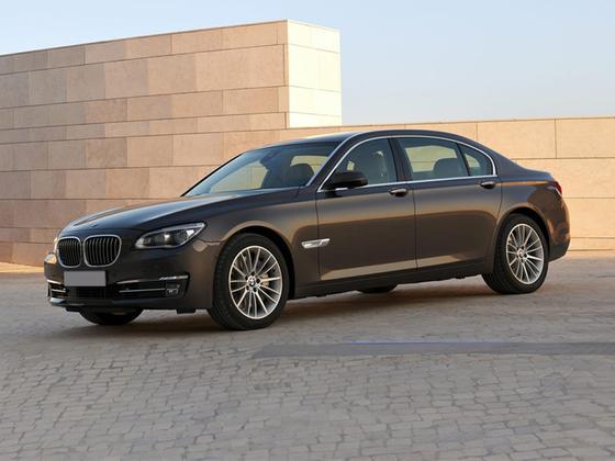 2014 BMW 750 i : Car has generic photo