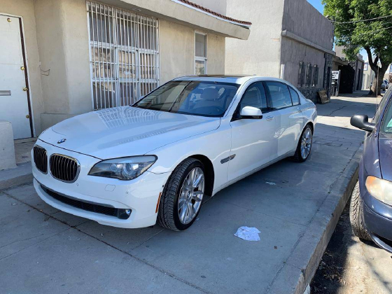 2011 BMW 760 Li:5 car images available