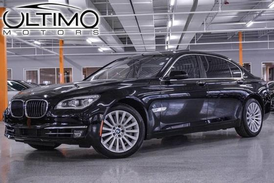 2013 BMW 760 i:24 car images available