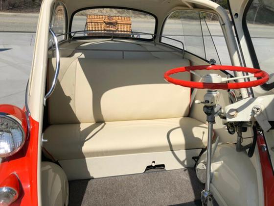 1958 BMW Classics Isetta 300 Coupe