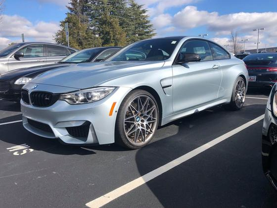 2017 BMW M4 Coupe : Car has generic photo
