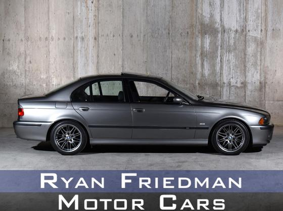 2003 BMW M5 :24 car images available