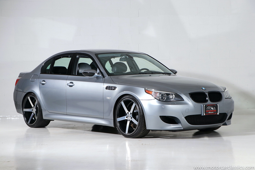 2006 BMW M5 :24 car images available