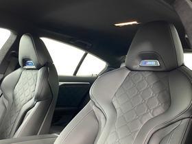 2021 BMW M8