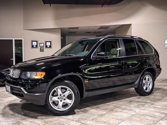 2001 BMW X5 4.4i:24 car images available