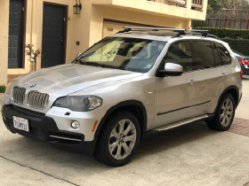 2008 BMW X5 4.8is:5 car images available