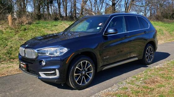 2017 BMW X5 xDrive35i:24 car images available