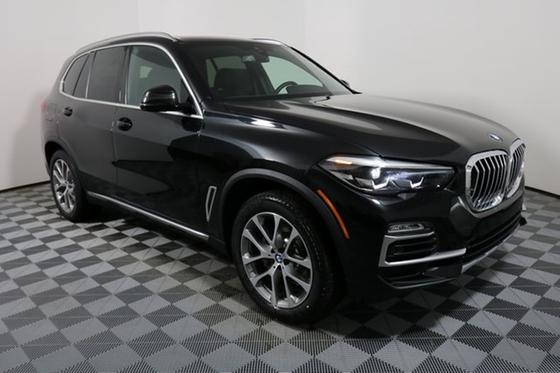 2019 BMW X5 xDrive40i:17 car images available
