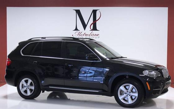 2013 BMW X5 xDrive50i:24 car images available